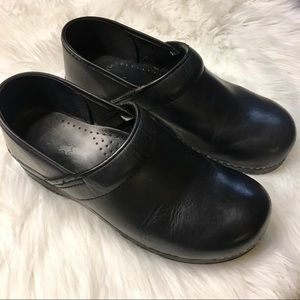 Danskin black clogs. Size 40